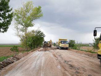 horúčkovitá práca na susedných cestách v Konya