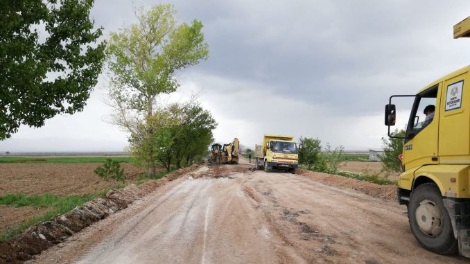 feverish work on neighborhood roads in konya