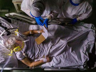 コロナウイルス治療患者のXNUMX分のXNUMXの腎不全