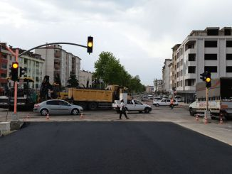 The traffic signalization system at the junction of Mevlana was renewed