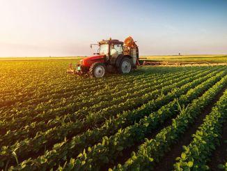 Menteri Pertanian dan Akademi Pertanian memberi pelajaran pertama