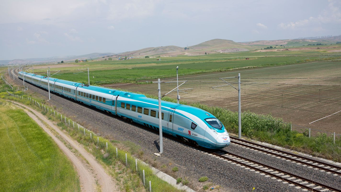 yht کے سیٹ کو بطور ٹیسٹ اور پیمائش ٹرین کا بندوبست کیا جائے گا۔