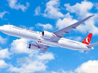 ministeren bebudede i juni, at internationale fly begynder til punktet i landet