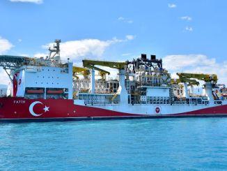 kapal pengeboran fatih di Trabzon