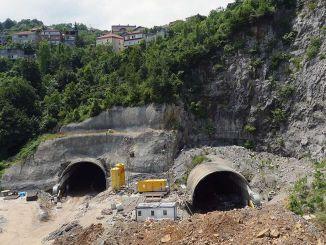 Baigtas mithatpasa tunelių statybos konkursas