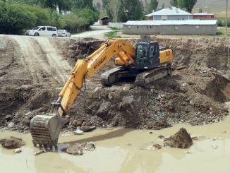 In Van wird eine neue Brücke gebaut