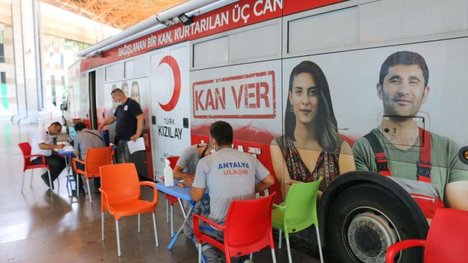 Support to Red Crescent from Antalya Ulasim AS