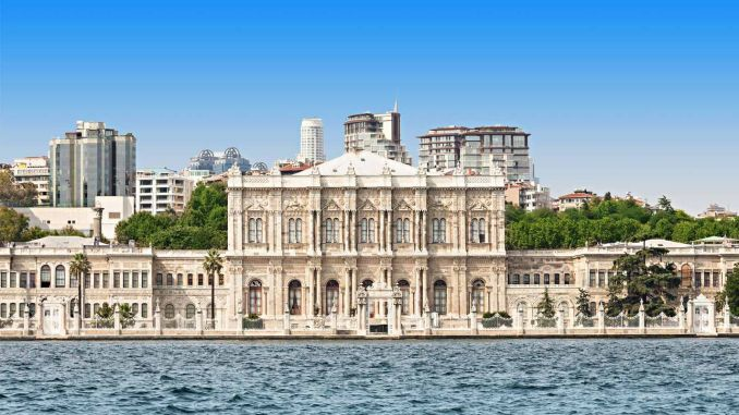 about dolmabahce palace