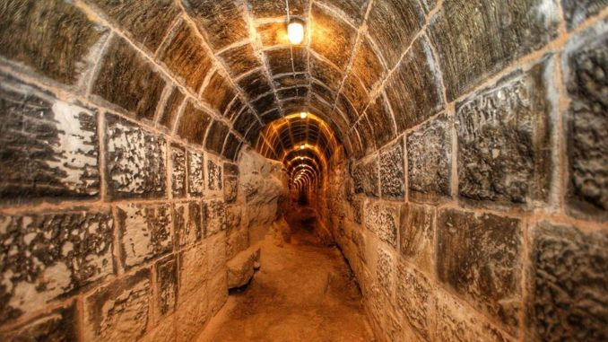 Tunnels that are never seen under the gaziantep castle are coming to the face