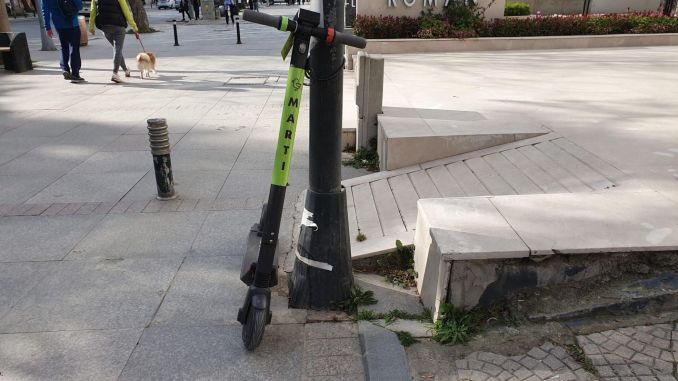 Arrangement from ibb to electric scooter rental systems