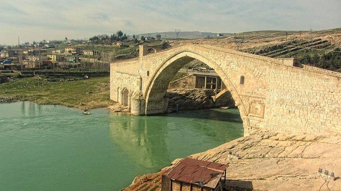 Hvornår var malabadi-broens historie og historie