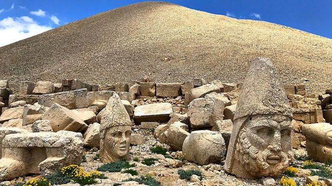 about nemrut mountain
