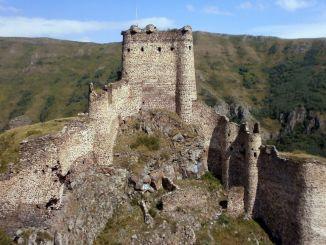 تاريخ قلعة الشيطان وأسطورة
