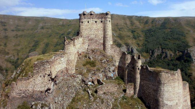 Istorija i legenda dvorca sotone