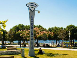Free and Wireless Internet in 30 Districts of Izmir