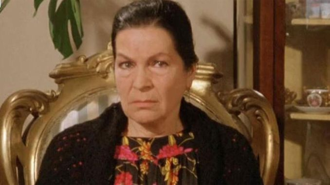 Wer ist Aliye Rona?