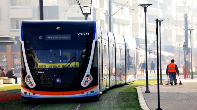 Безплатен обществен транспорт в Анталия на 30 август