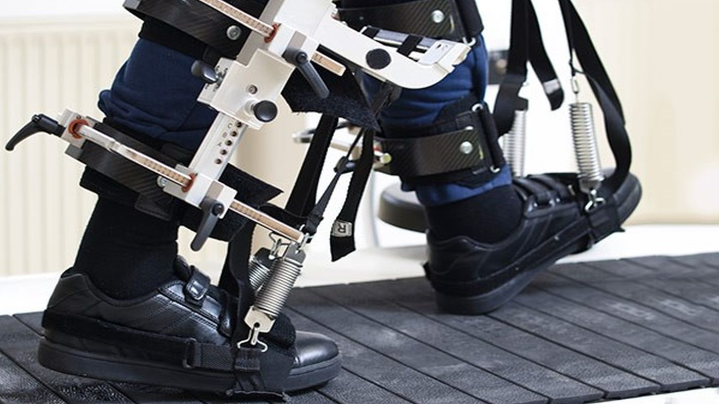physical-therapy-rehabilitation-robotic-What-How-who-can-use advantages