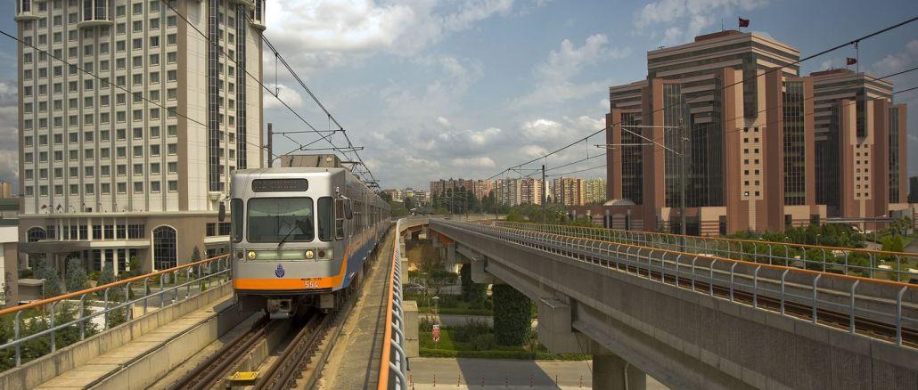 број путовања у јавном превозу у Истанбулу порастао је за проценат