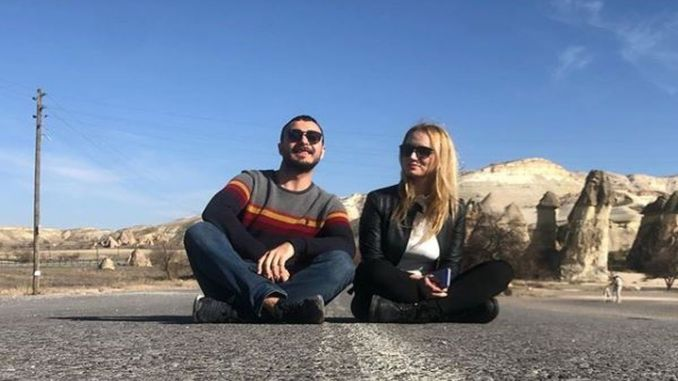 A Free World Is Possible: Couple Traveling
