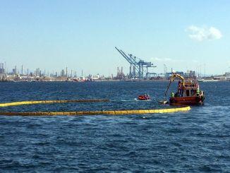 Az UZMAR ugyanazon a napon 2 gyakorlatot hajtott végre a Nemrut-öbölben!