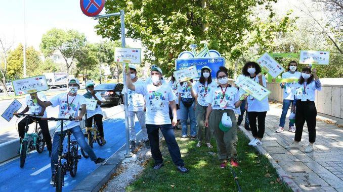 Yurtdışından Ankara'ya Gelen Öğrenciler Bisiklet Yolunda