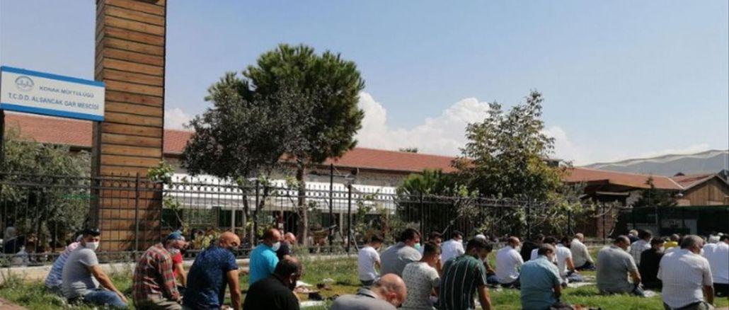 Atatürk'ün Yadigarı Beyaz Vagon Gitti Yerine Açık Hava Mescidi Geldi
