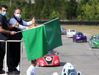 Efficiency-uitdaging Elektrisch voertuig begon de race