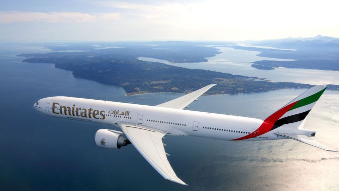 طيران الإمارات تمنح الطلاب والأسر مزايا على مدار العام