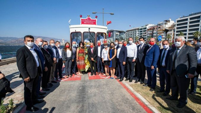 Nostalgic Tram Flights Started in Izmir