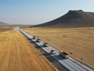 165 kilométeres szomszédsági út Konya metropolitától Ereğliig