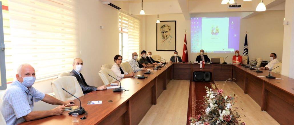 KTÜ'de, Trabzon'un Demiryolu Sorunu Konuşuldu