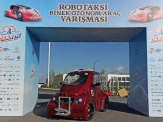 En pris fra Teknofest til elektromobilen Alatay, udviklet af de studerende
