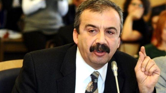 Sırrı Süreyya Önder Neden Tutuklandı? Sırrı Süreyya Önder Kimdir?