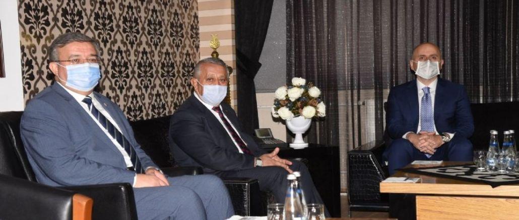 Walikota Zeybek memberikan maklumat kepada Menteri Karaismailoğlu mengenai Projek AFRAY