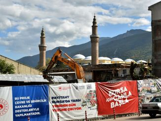 Bursa Ulu-moskee verscheen, in rij-herbergen