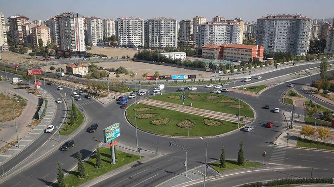 Buenas noticias de la encrucijada de varios pisos de Büyükkılıç