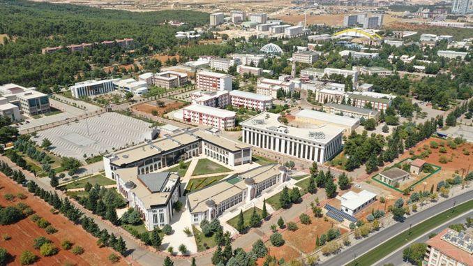 Movimiento de la industria médica contra el cáncer en Gaziantep