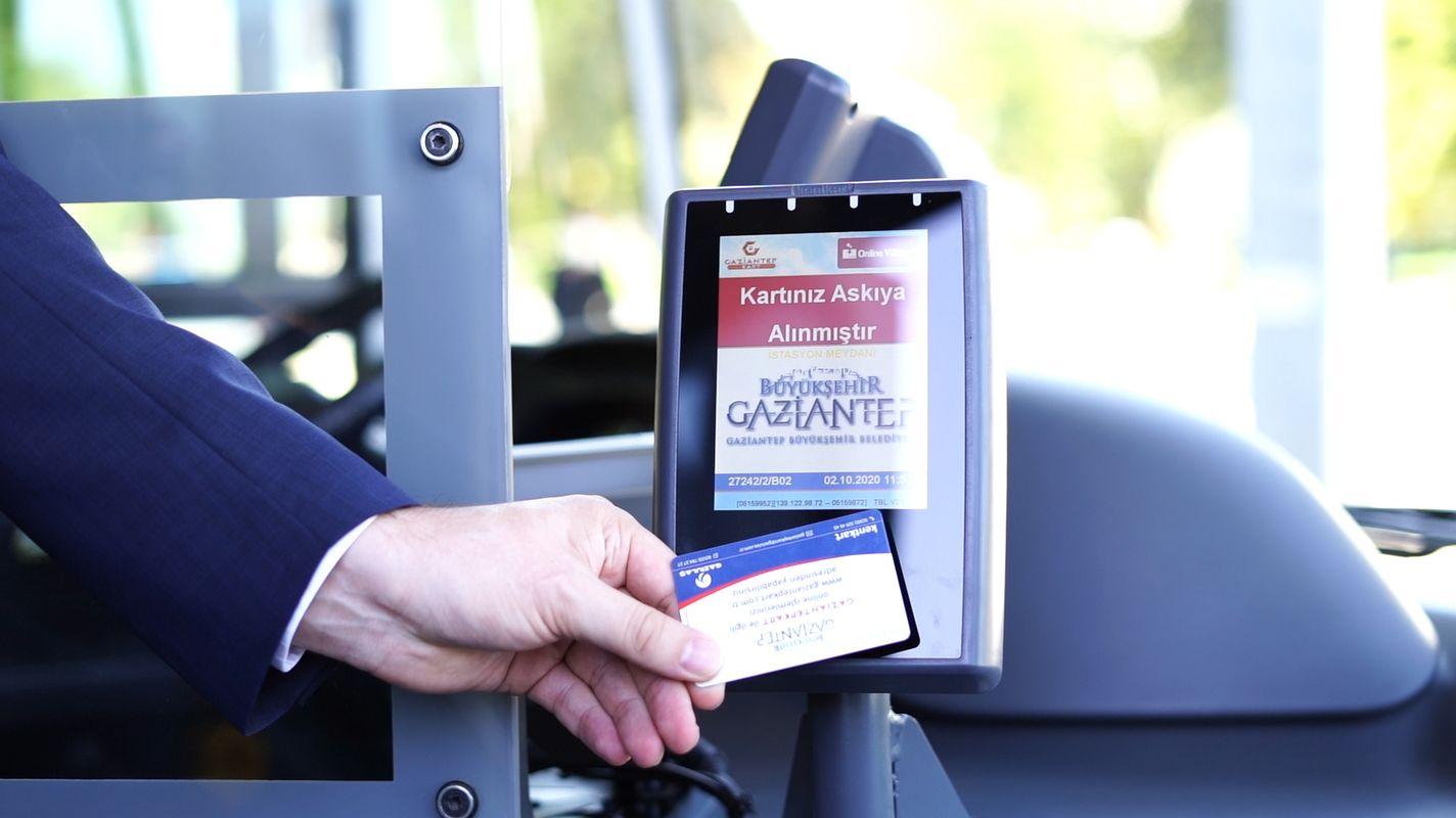 In gaziantep-openbaar-vervoer-voertuigen-is-code-applicatie-gestart