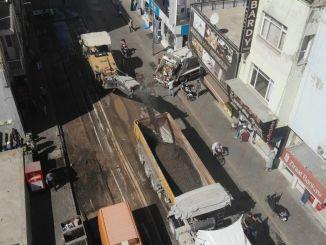 De Kemalpaşa-straat, een van de drukste wegen van Izmir, is vernieuwd