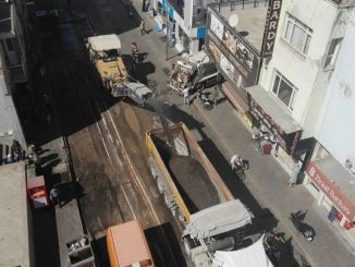 Улица Кемалпаша, един от най-оживените пътища в Измир, е обновена