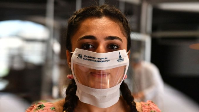 Great Demand for Transparent Mask Produced in Izmir