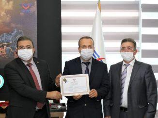 TCDD bekroonde het attente personeel met een certificaat van waardering