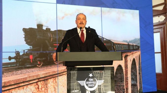تمت مناقشة الأهمية الاستراتيجية لطريق الحرير الحديدي في قمة السكك الحديدية التركية