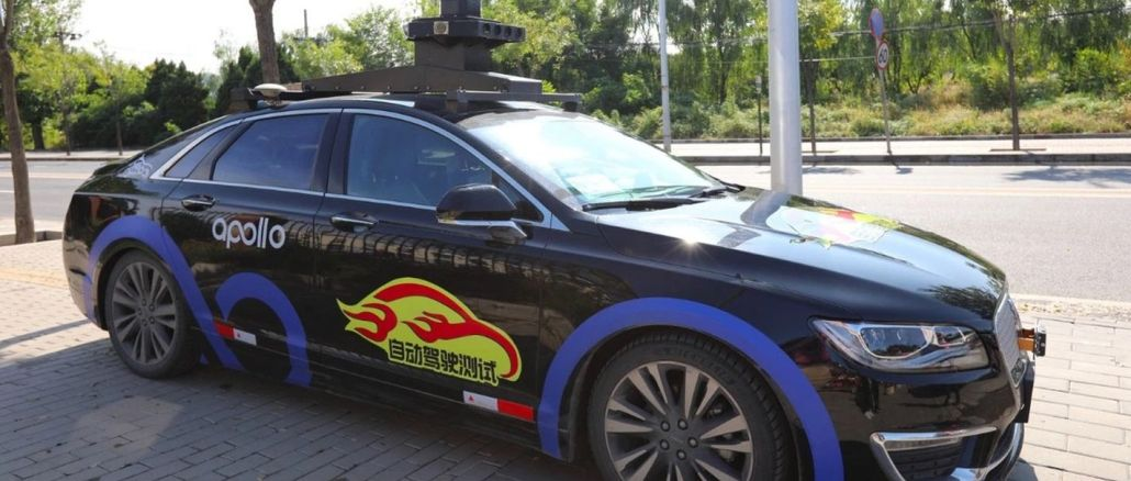 robot taxi apolo en las calles de beijing