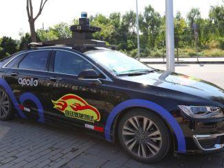 robot takso apollo Pekingi tänavatel