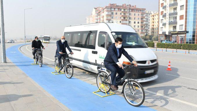 تدريب على التعاطف للسائقين في دراجات مدينة قونية