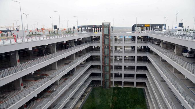 Istanbul airport parking lots with a percent discount in November