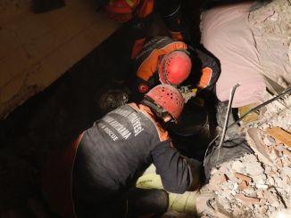 Izmiri Seferihisari maavärin Praegune olukord: 107 surnut, 1027 vigastatut ja 1.528 järeltõuget