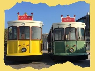 The second nostalgic tram came to the cord